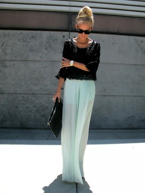Minty long pleated skirt and delicate lace top